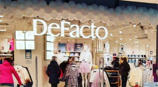 В ТРЦ КРИСТАLL открылся магазин DeFacto