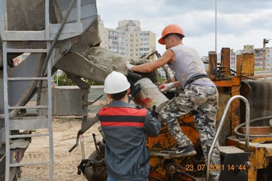 Стройка нового ТРЦ в г. Солигорске в самом разгаре!